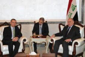 النجيفي يبحث مع وزير الخارجية البلغاري سبل تعزيز العلاقات بين البلدين