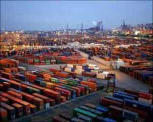 توقيع عقدين لاستثمار المناطق الحرة بخور الزبير في البصرة
