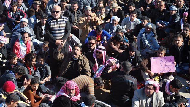 احتجاجات العراق: توتر سياسي وتحليلات طائفية