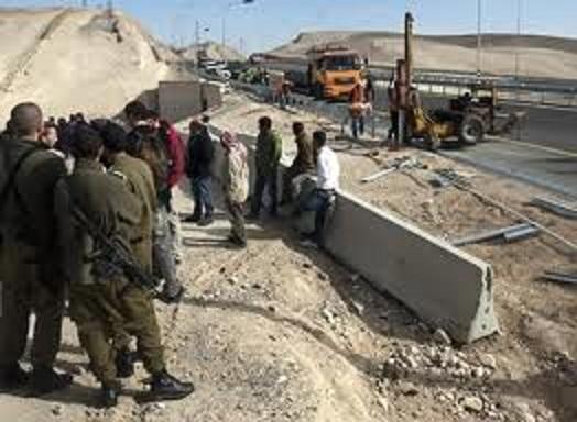 في الخليل الجيش الإسرائيلي يزيل مخيما للفلسطينيين