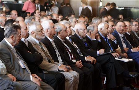 تحديد أسس حل الأزمة السورية باجتماع القاهرة