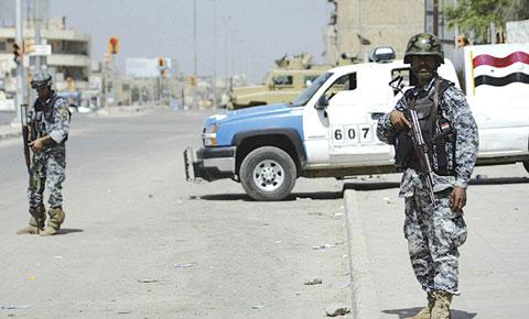نجاة مدير عام للشرطة ومقتل سائقه بهجوم مسلح في الدورة