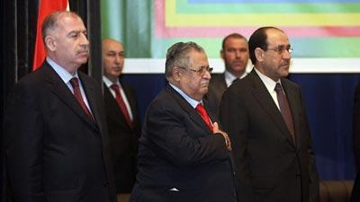 العملية السياسية في العراق ماتزال مشلوله واطرافها يسيرون على عكازات متابعة الدكتور احمد العامري