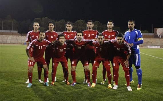 المنتخب السوري يصل الى بغداد استعداداً لمواجهة اسود الرافدين