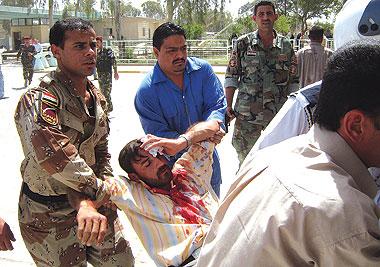 بانفجار عبوة ناسفة وسط الموصل مقتل وإصابة ثلاثة اشخاص
