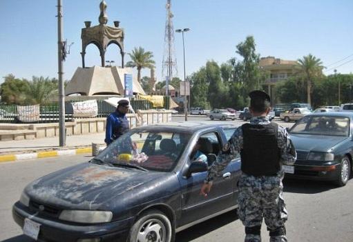 قوة عسكرية تجبر مجموعة من الصحفيين على ترك مدينة تكريت !