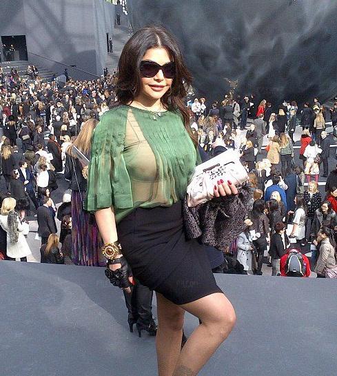 هيفاء تتألق في أسبوع الموضة بباريس