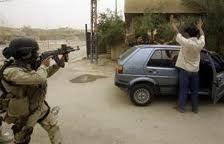 مصدر أمني :اعتقال مجموعة مسلحة بحوزتهم عبوات ناسفة يحمل بعضهم هويات لائتلاف المالكي