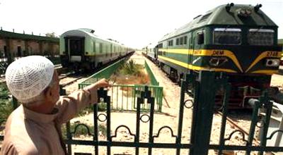 سكك الحديد: ننتظر موقفا إيرانيا لتشغيل 1600 قاطرة