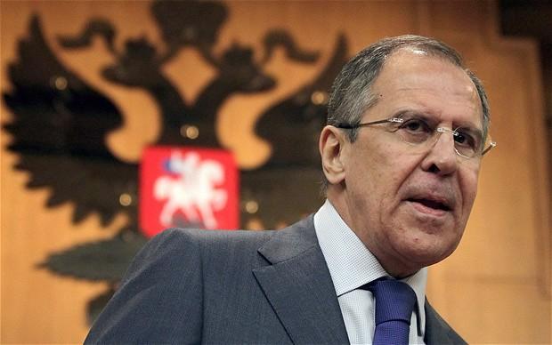 وزير الخارجية الروسي: تزويد المعارضة السورية بالسلاح هو أمر غير مشروع بموجب القانون الدولي