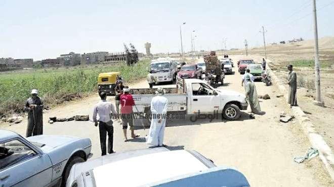 مجاميع  مسلحة في الانبار تقطع الطرق امام المواطنين