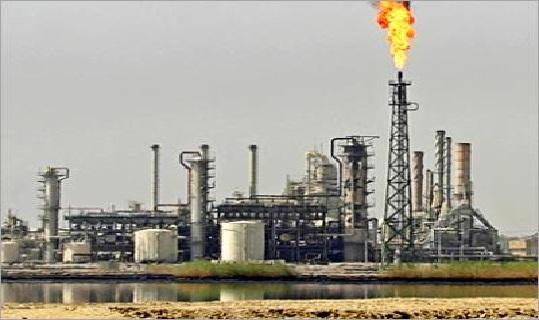وزارة النفط العراقية تؤكد عدم قانونية العقد المبرم بين إقليم كردستان والموصل