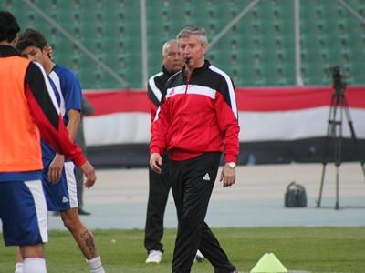 مدرب المنتخب الوطني يستبعد 7 لاعبين من التشكيلة