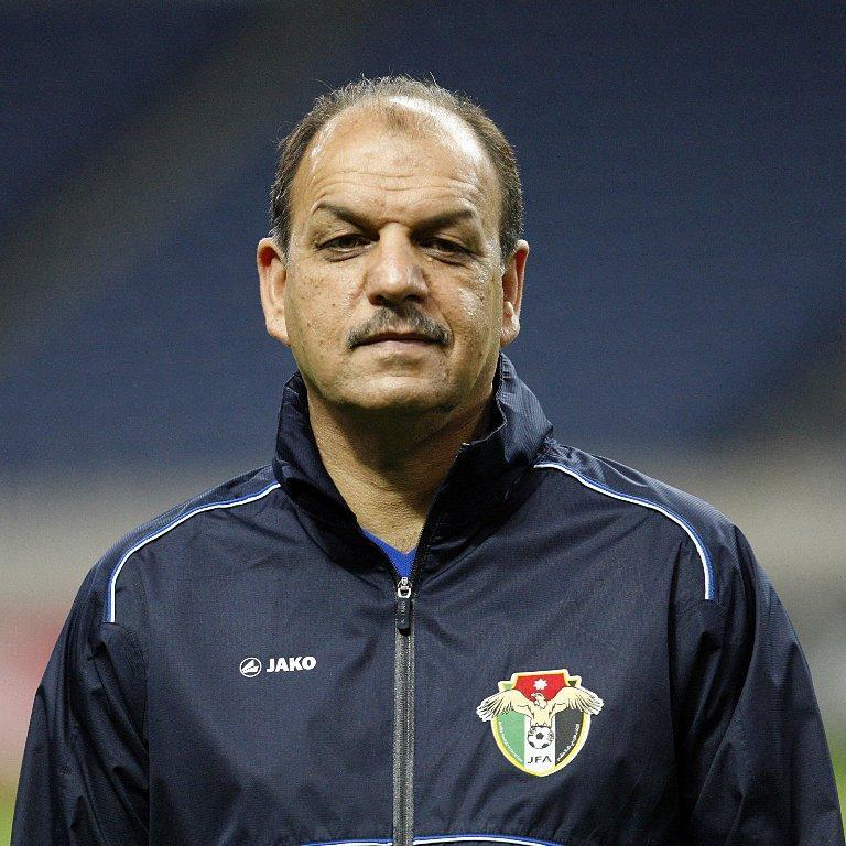 مدرب المنتخب الاردني يمدد عقده لمدة شهرين فقط