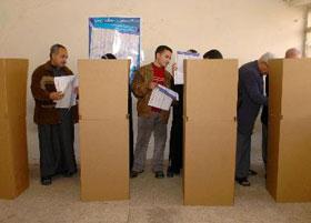 تبادل اطلاق نار قرب مركز للاقتراع في بغداد