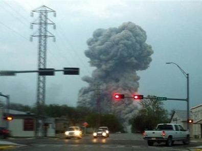أنفجار قوي في مصنع للاسمدة بولاية تكساس الامريكية يقتل مابين 70 شخصاً