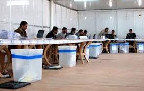العزوف عن المشاركة في الانتخابات  المحلية والسجالات السياسية ..الصفقات تتقدم !