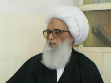 بعد اتهامه بالفساد ..المالكي  يضغط على طلبة  أية الله بشير النجفي بالمغادرة