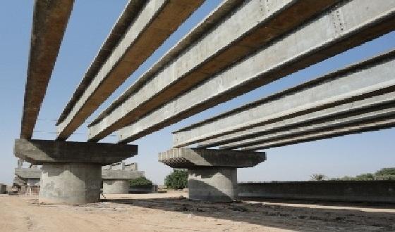 هيئة الاستثمار البصرة تنتقد الطرق المتبعة في عمليات بناء الجسور في المحافظة