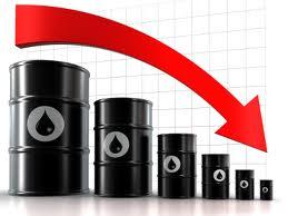مصدر سياسي بارز يؤكد استغلال بعض الجهات لأنخفاض اسعار النفط في العراق
