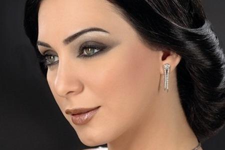 """الفنانة السورية """"سلاف فواخرجي"""" وصيفة ملكة العرب الثانية"""