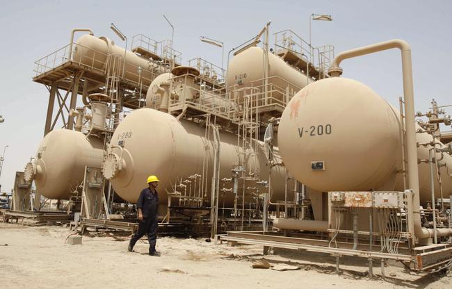 خبير نفطي: ضرورة ادارة الثروة النفطية لضمان حقوق المحافظات المنتجة للنفط