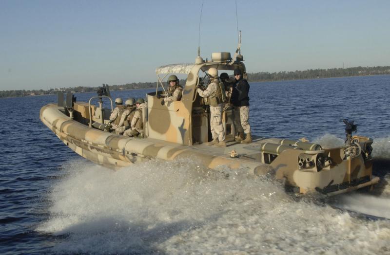 مناورات بحرية ضخمة في الخليج في أيار المقبل