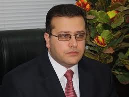 المطالبة بتغيير وكلاء وزارتي الداخلية والدفاع