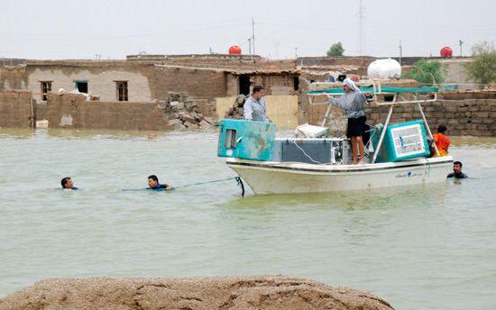 الامطار والسيول القادمة من ايران تشرد المئات من الاسر في واسط