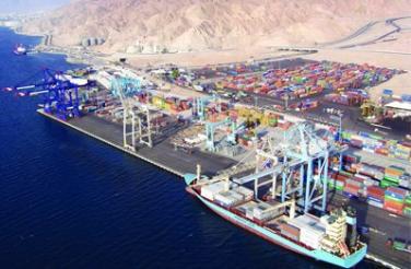 العراق يدرس استثمار ميناء العقبة ليكون المركز الرئيسي المعتمد لمستوردات العراق مادة الحبوب
