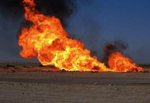 عضو في لجنة النفط يطالب الحكومة بالتعاقد مع شركات امنية رصينة للحفاظ على ثروات البلد من المخربين