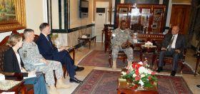 شاويس يبحث مع الجنرال أوستن مكافحة الارهاب العالمي !