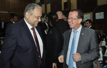 سفير العراق لدى الكويت وكوبلر يبحثان مساعي العراق للخروج من أحكام البند السابع