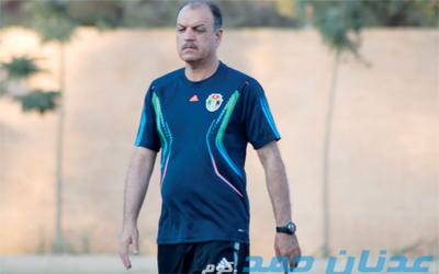 عدنان حمد قد يشد الرحال لتدريب المنتخب القطري