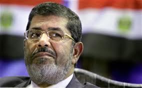 الرئيس المصري يقطع جميع العلاقات مع سوريا ويطالب حزب الله بوقف تدخله …