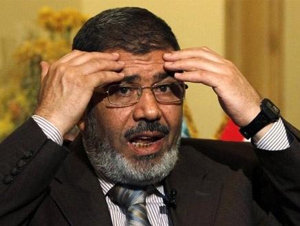 اسرة مرسي تتهم الجيش المصري بخطفه