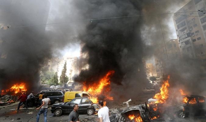 حريق يلتهم عددا من المحال التجارية في مدينة البصرة