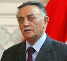 يونادم كنا يرى انه على البرلماني الالتزام بالخطوط الحمر في اطار المصلحة الوطنية العراقية