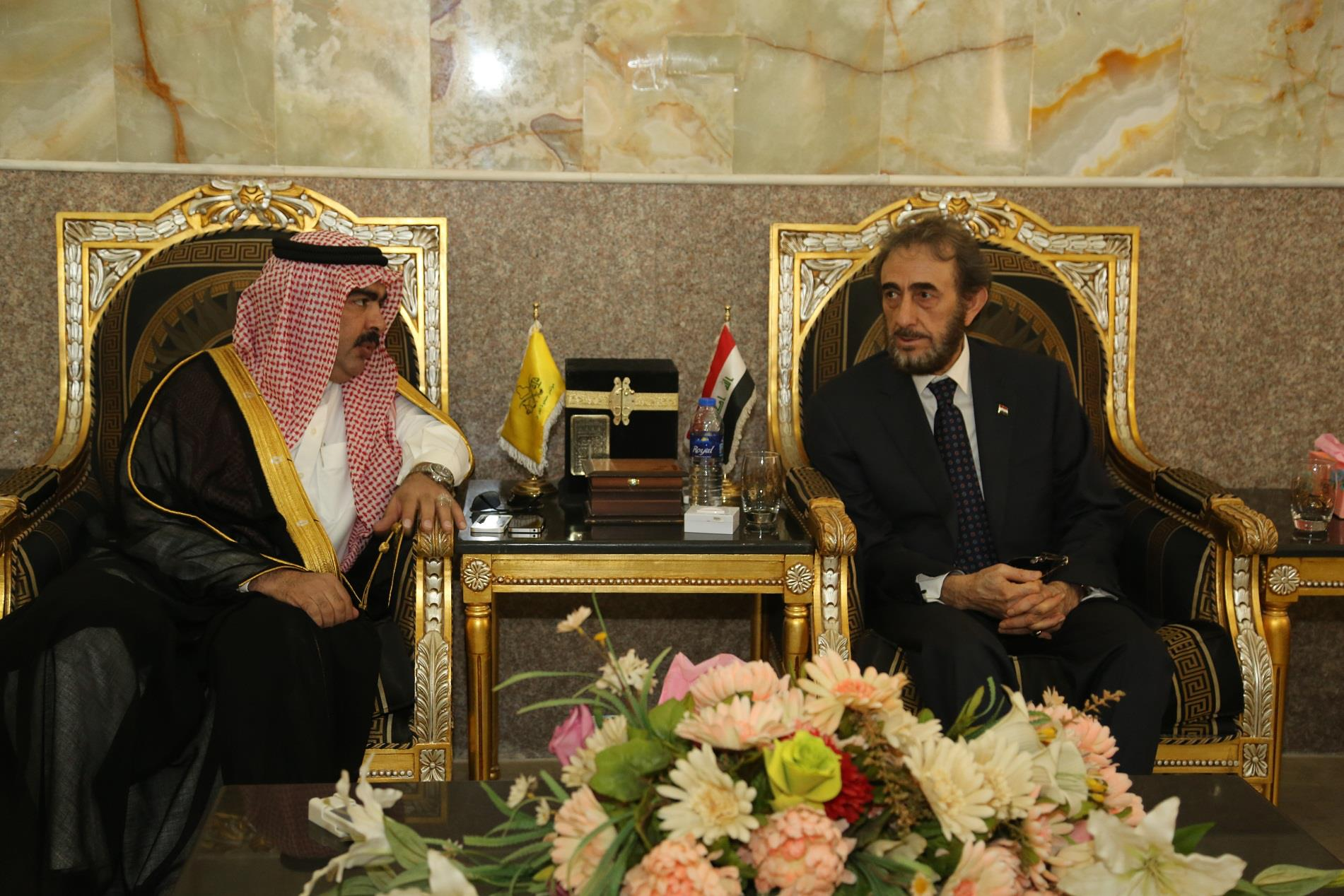 صفقةبـ 6 مليار دينار عرابها احمد ابو ريشة وسعدون ابو ريشة لتوزيعها على شيوخ الانبار