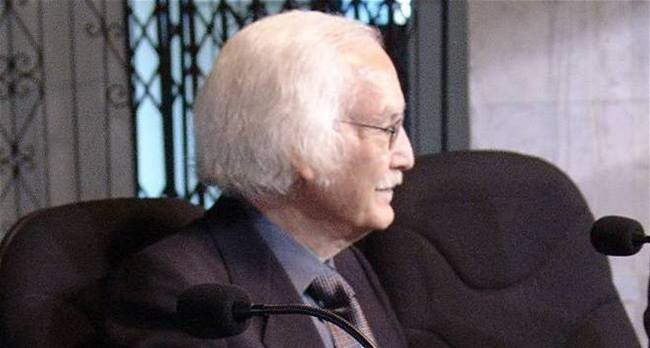 المالكي يأمر بنقل جثمان الشاعر محمد الصكارمن باريس الى بغداد