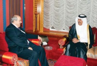"""اياد علاوي تحت """"التخدير""""القطري! بقلم سعد الكناني"""