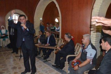"""الاحزاب الشيعية """"زعلانة"""" على وزارة الثقافة لانها استذكرت فنان العراق الخالد ناظم الغزالي!"""