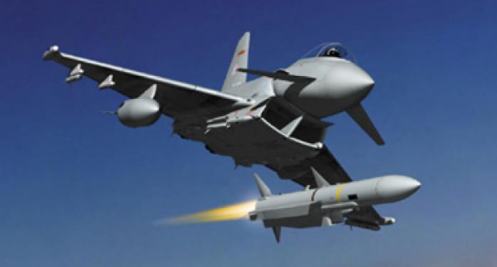 طائرة-امريكية-تقصف-2