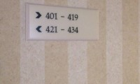"""ما سرّ غياب الغرفة """"420"""" عن الفنادق؟"""
