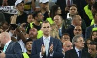 رئيس نادي ريال مدريد: أهدي اللقب لضحايا العراق