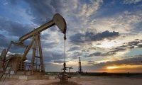 النفط يرتفع الى 50 دولارا للبرميل للمرة الأولى منذ 7 أشهر