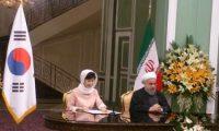 روحاني: رفع العلاقات التجاریة مع كوريا الجنوبية الی 18 ملیار دولار سنويا