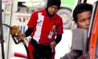 """إندونيسيا في رمضان ..بنزين """"مجانا"""" لمن يقرأ القرآن"""
