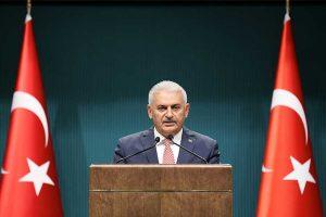 الحكومة التركية تغلق عشرات المحطات التلفزيونية والاذاعية والصحف والمجلات