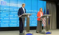 """الولايات المتحدة والإتحاد الأوروبي يهددان تركيا بسحب عضويتها من حلف """"الناتو"""""""